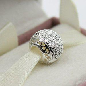 Pandora Glittering Texture Heart Charm